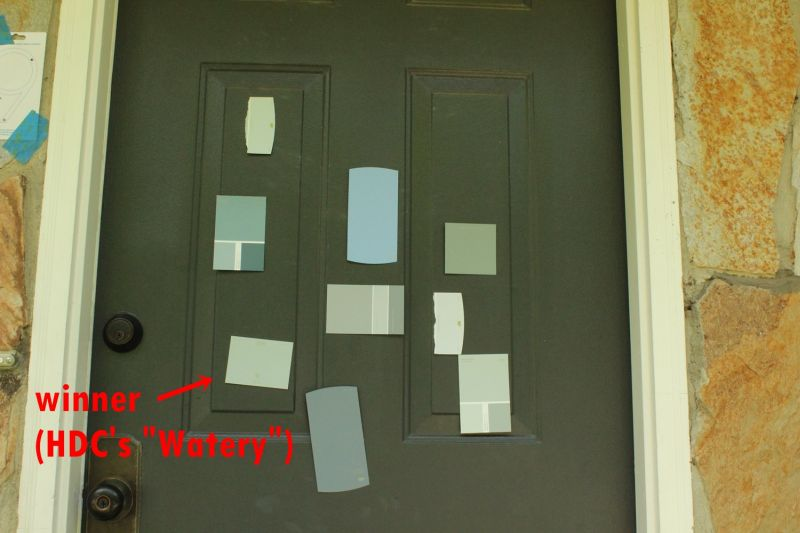 How to choose the color for front door