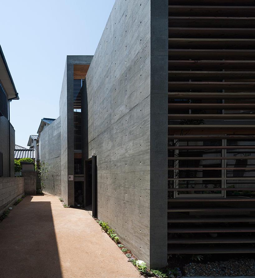 Black concrete house