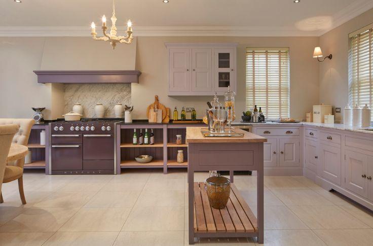 Farmhouse levender kitchen color