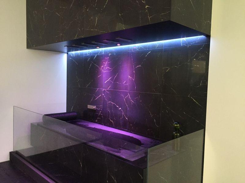 Horizontal bathroom shower with High-Efficiency LED Lighting