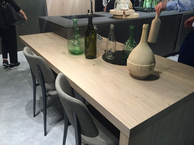 Kitchen island with table - multiheight