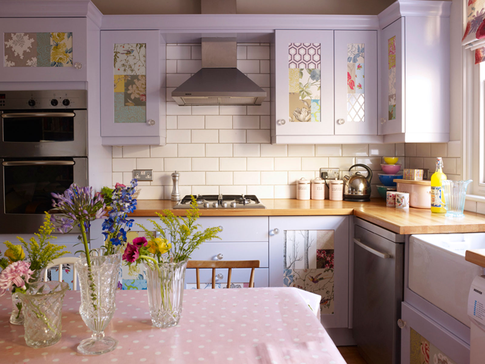 Levender paint kitchen design