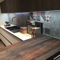 Kitchen Counter Lighting Victorian Cabinets Under Cabinet Led Puts The Spotlight On Mixed Patchwork For Backsplash And