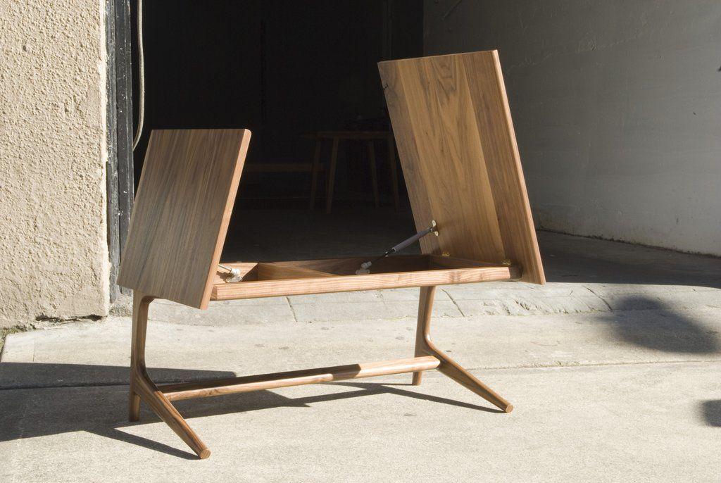 Rian Gullwing coffee table design