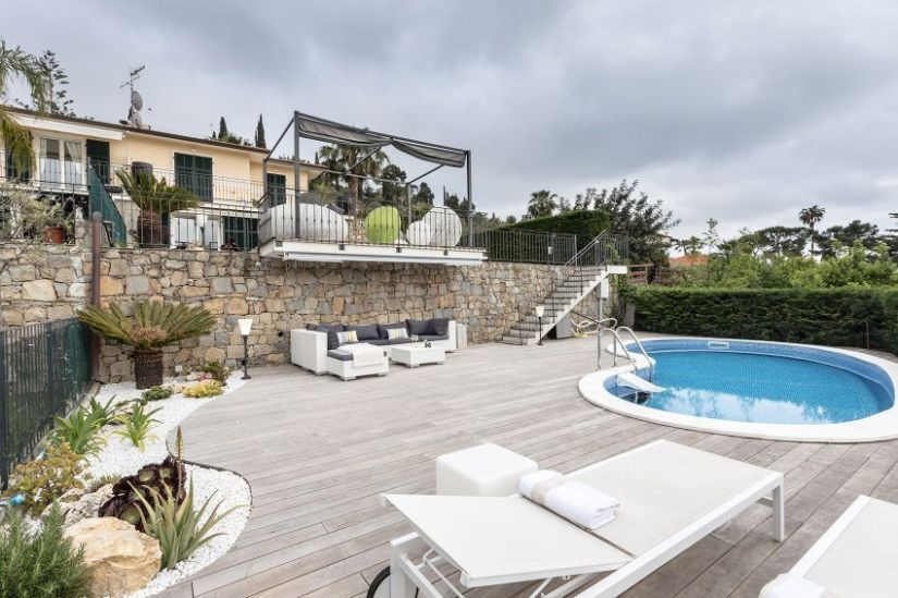 pool house storage ideas