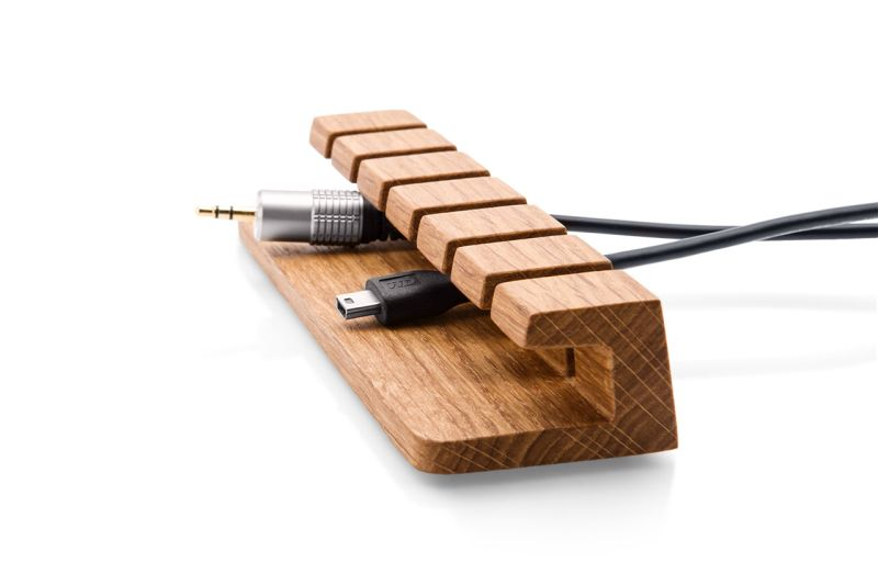 Wooden cable organizer