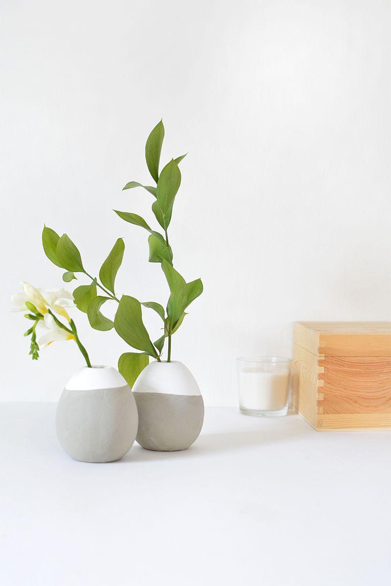 Concrete round flower vases