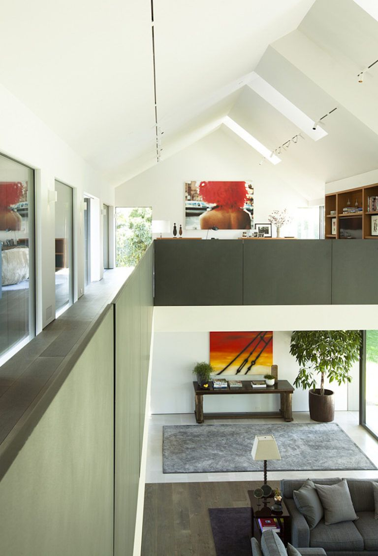 Contemporary Farmhouse Retreat - loft area