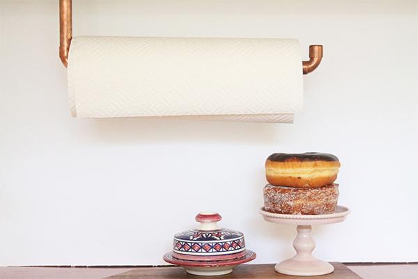 Copper hanging towel paper holder