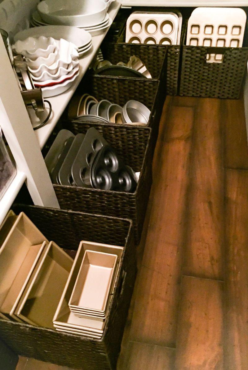 Floor pantry baskets