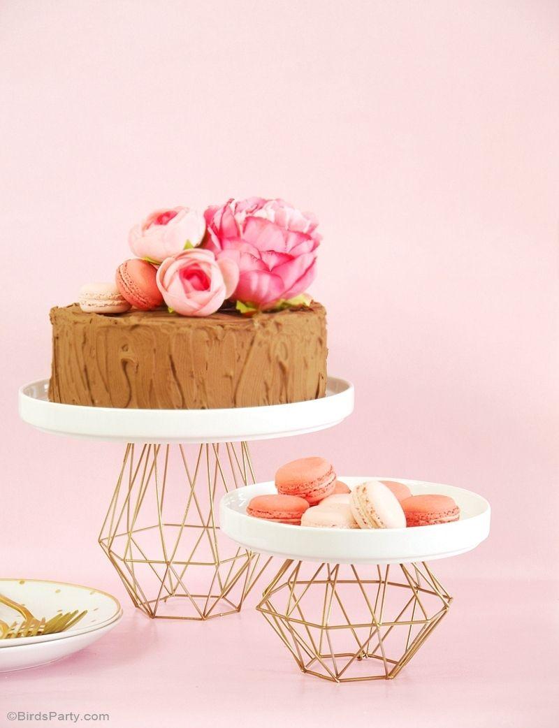 Geometric gold cake stand