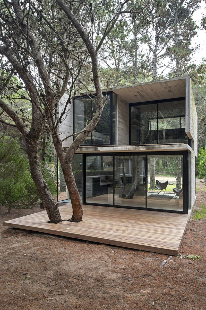 H3 House deck and large windows
