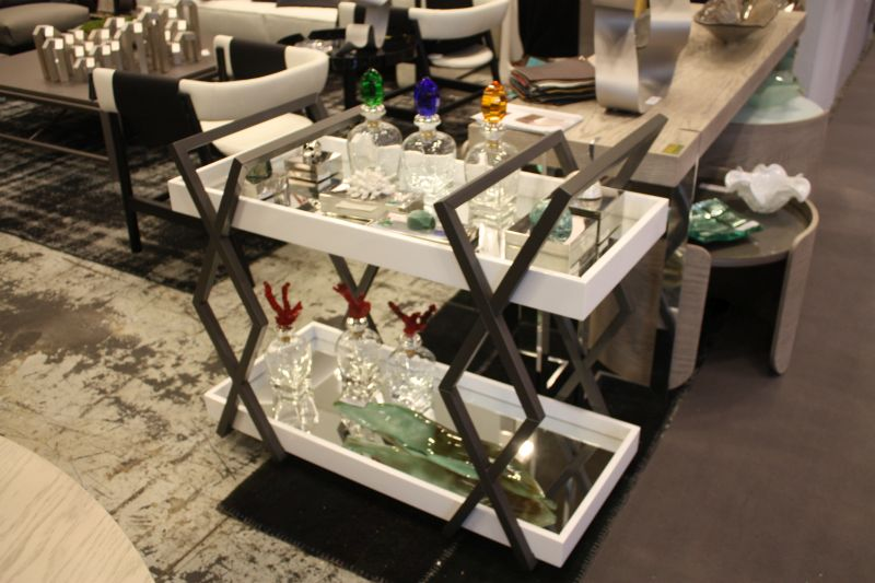 black-and-white-bar-cart-design-mirrored-tray