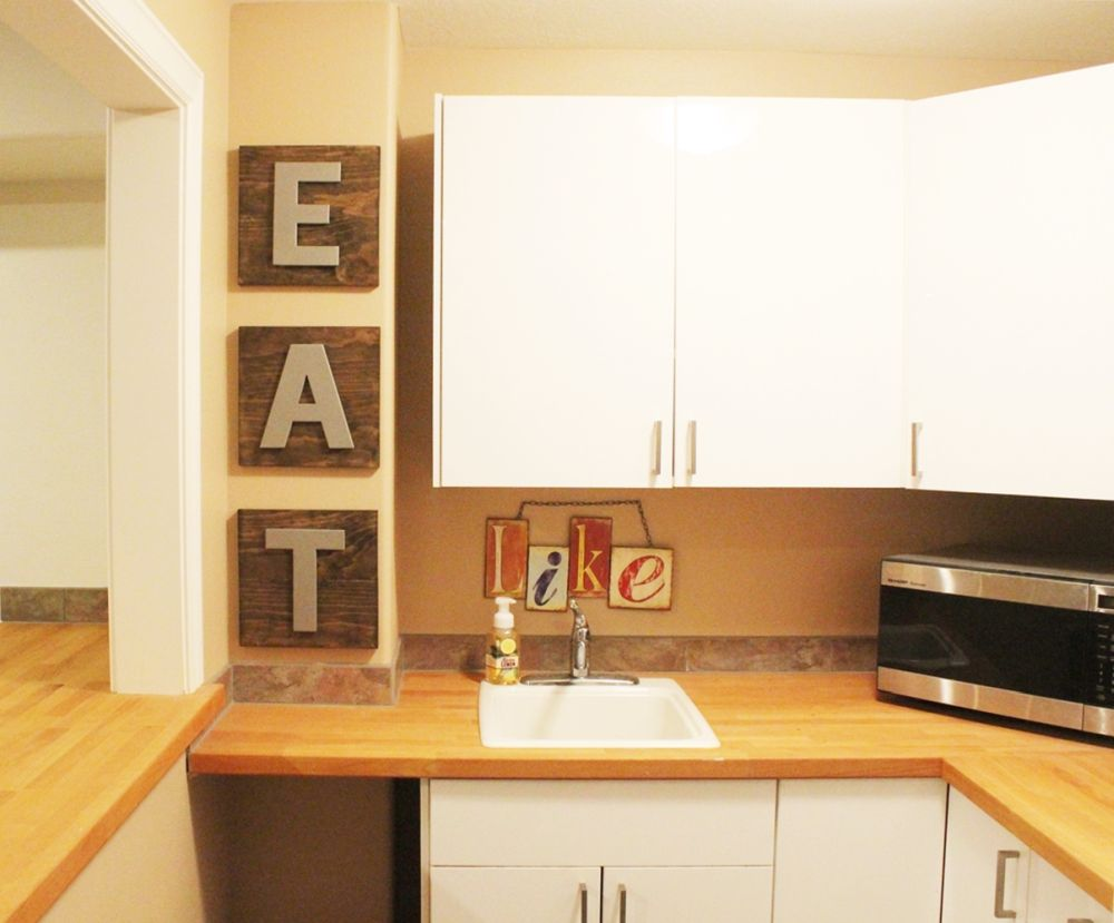 diy-eat-letters-in-kitchen