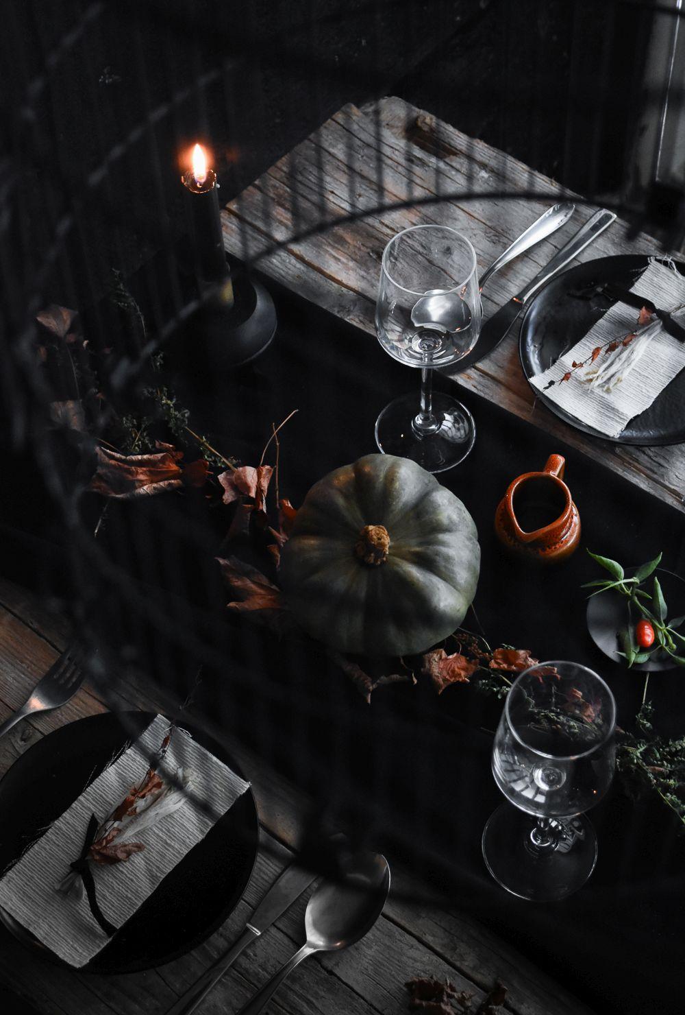 Halloween Table Setting Idea top