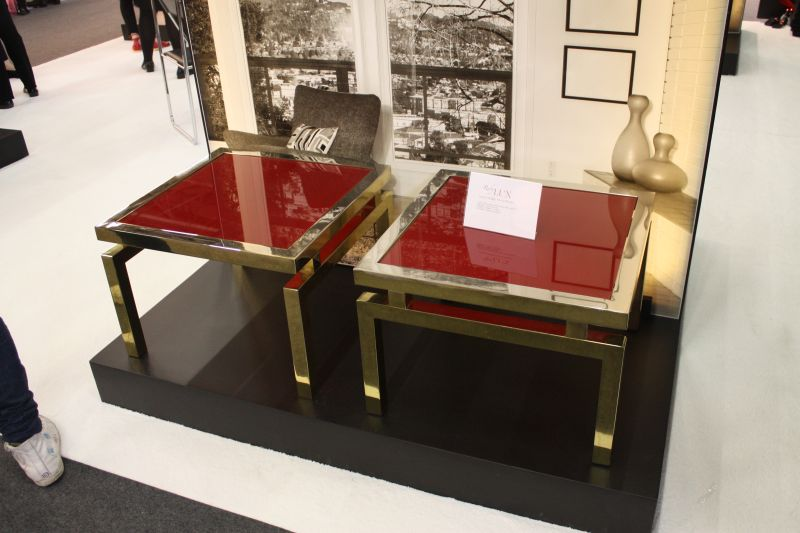 mahogany-shade-of-red-coffee-table
