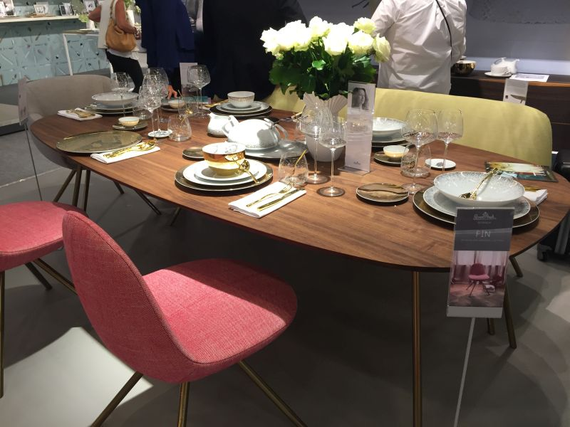 Modern wood top dining table with gold legs - how to set a table