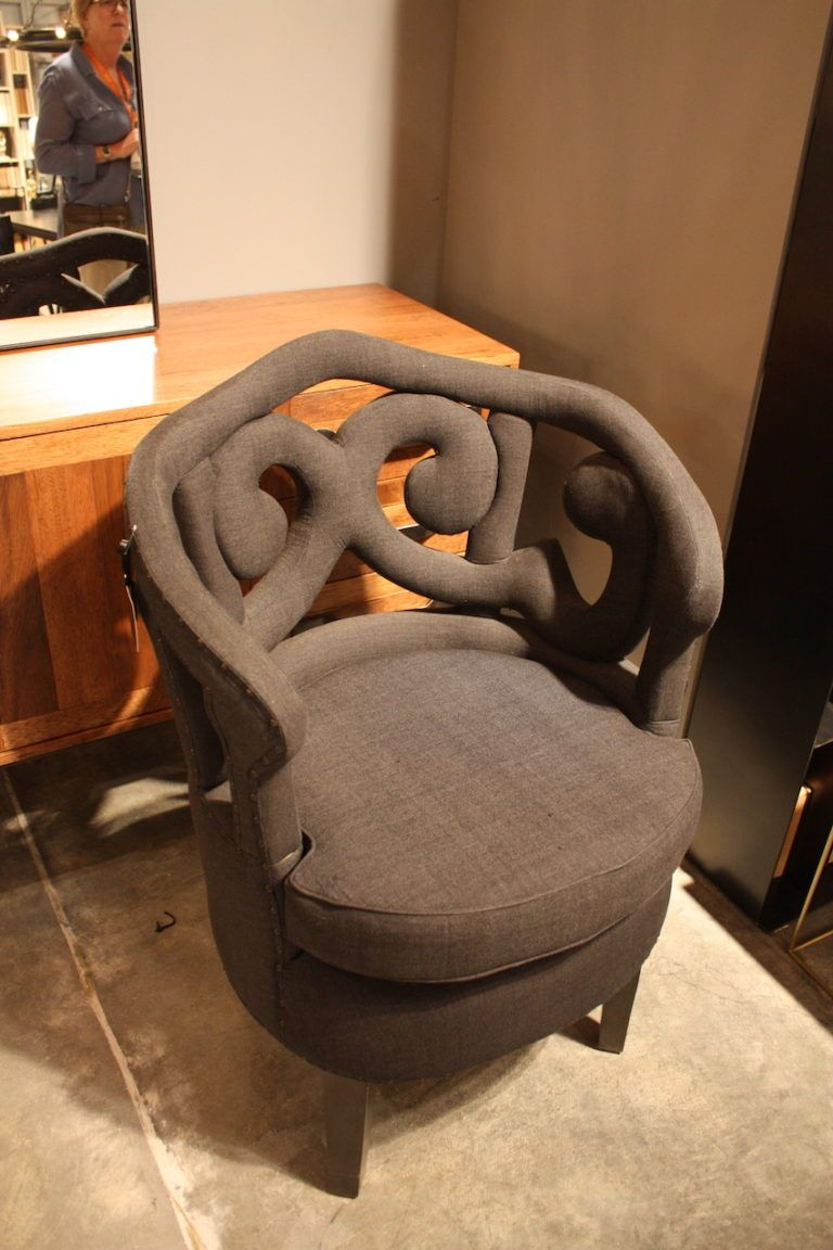 noir-upholstred-chair-with-a-cool-design