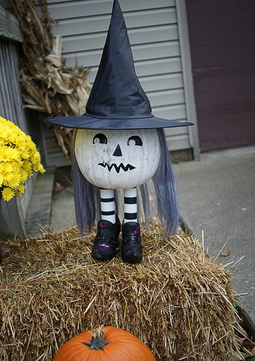 pumpkin-witch-decor