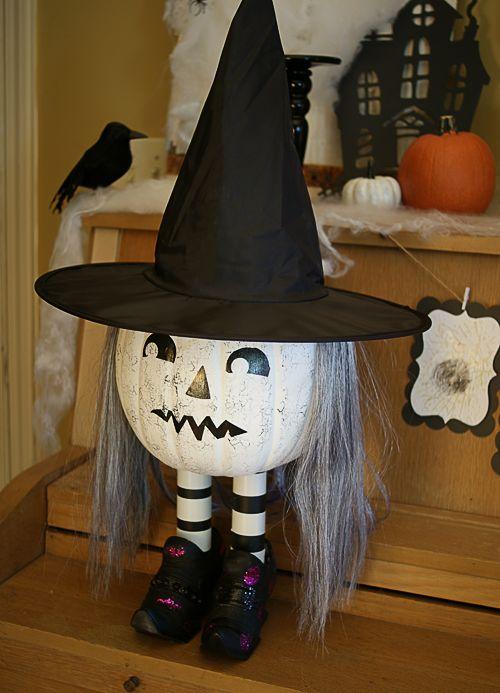 stairs-pumpkin-witch-decor