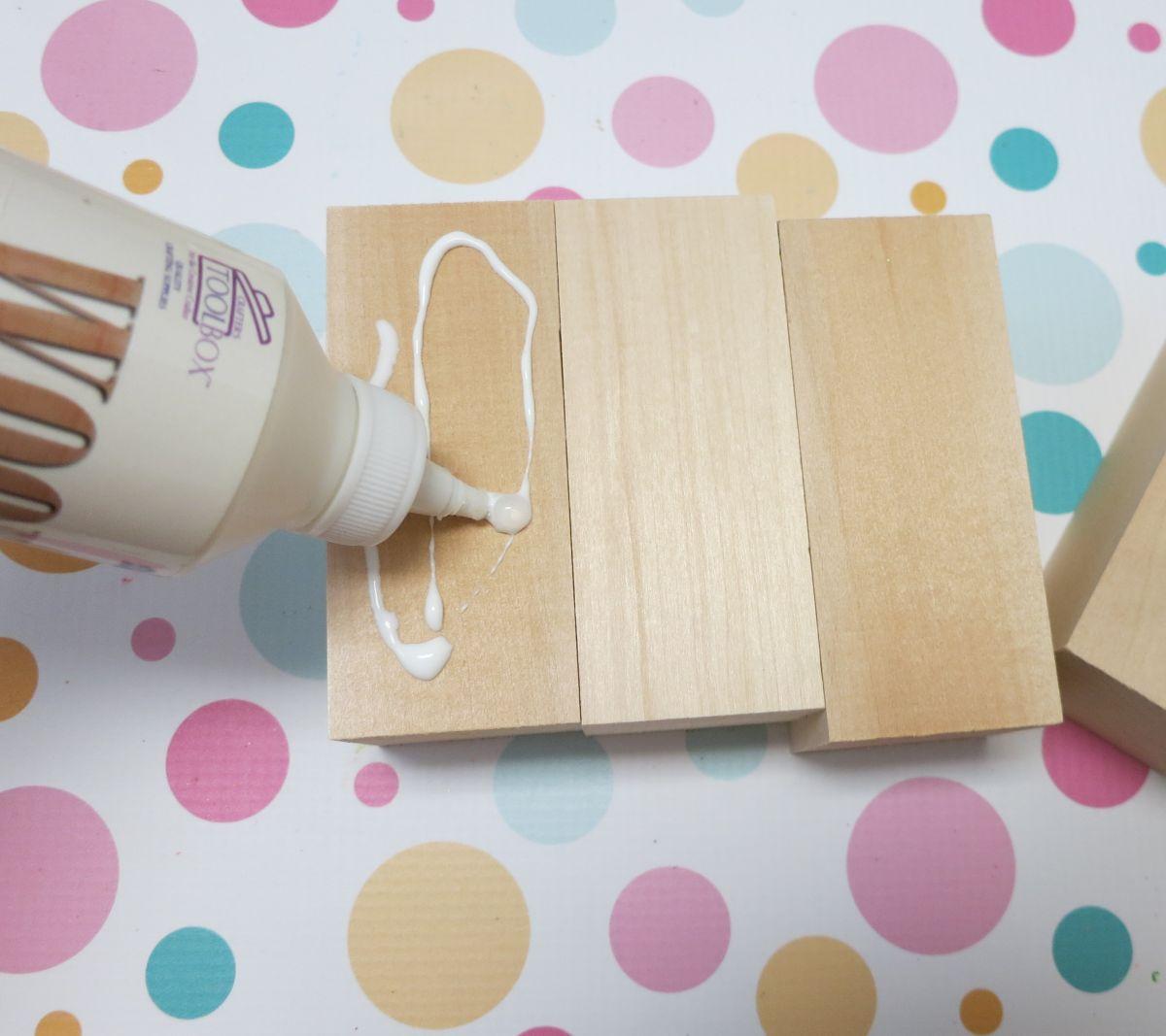wood-pumpkin-glue-all-pieces
