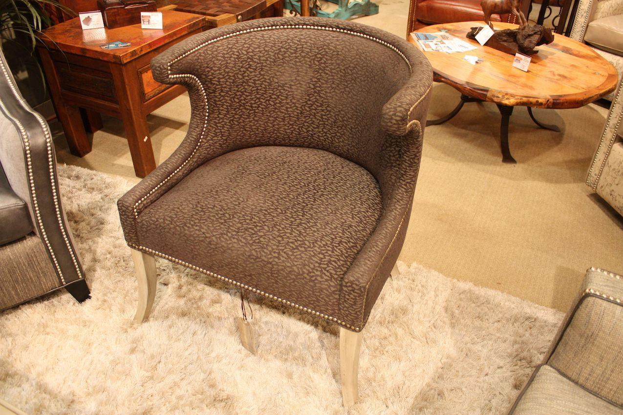 bella-rustica-studded-curve-chair
