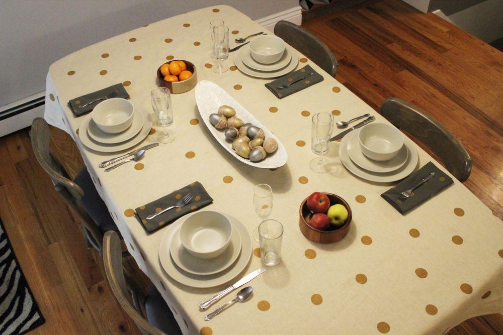 DIY Polka Dot Tablecloth Top