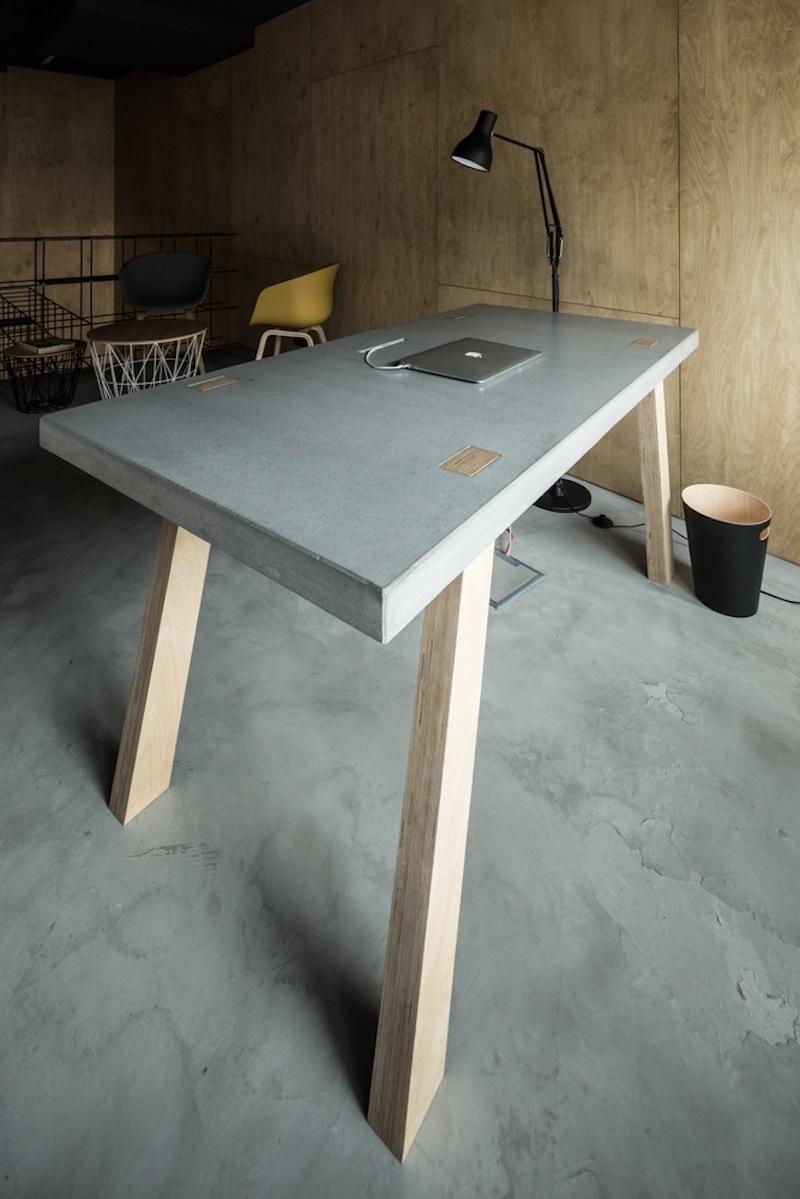 Framehouse office desk