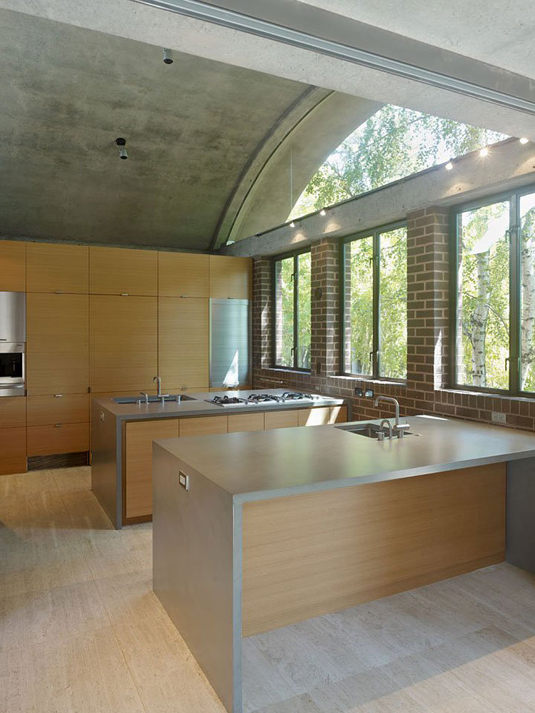 House with double kitchen islands