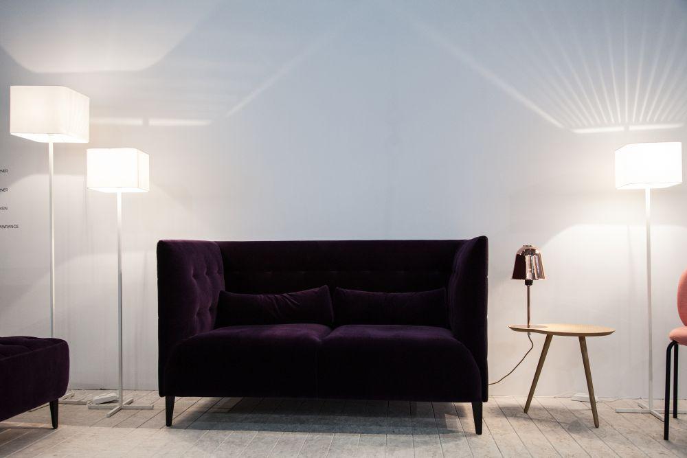MCD Tufted Vlevet Sofa with High Arms