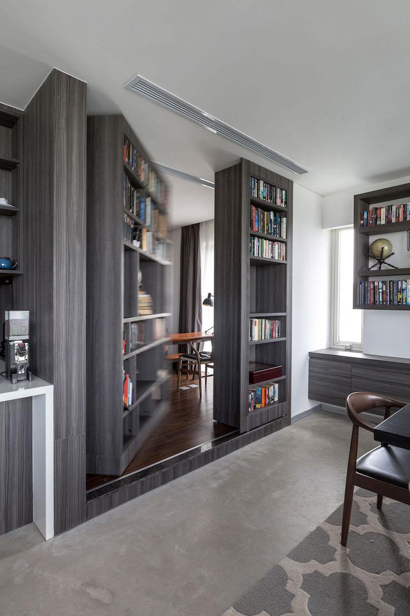 Penthouse Ecopark secret bookcase door