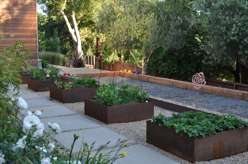 Rectangular planters from corten