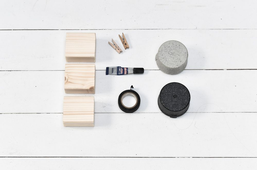 DIY Geometric Photo Holders Materials