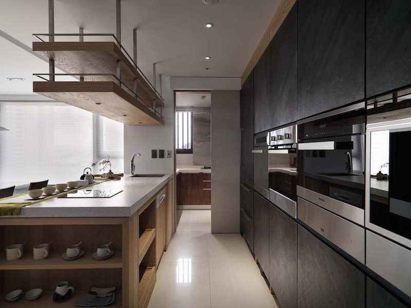 Jade apartment kitchen appliances