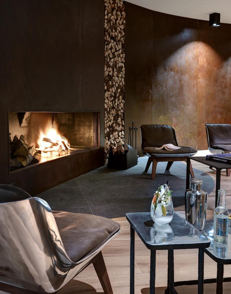 Nira Montana hotel fireplace