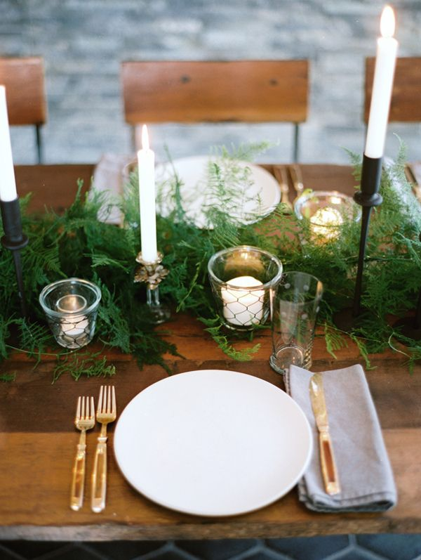 Winter Thanksgiving Table Decor