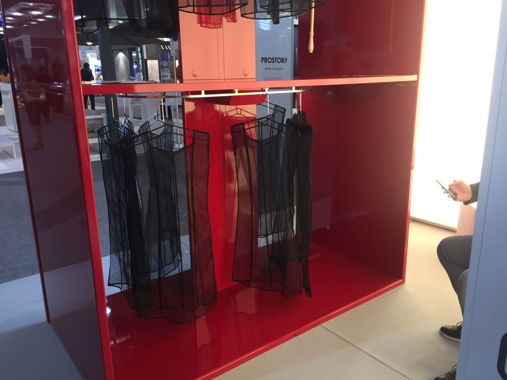 the Italian Dynamic Closet with an automated system