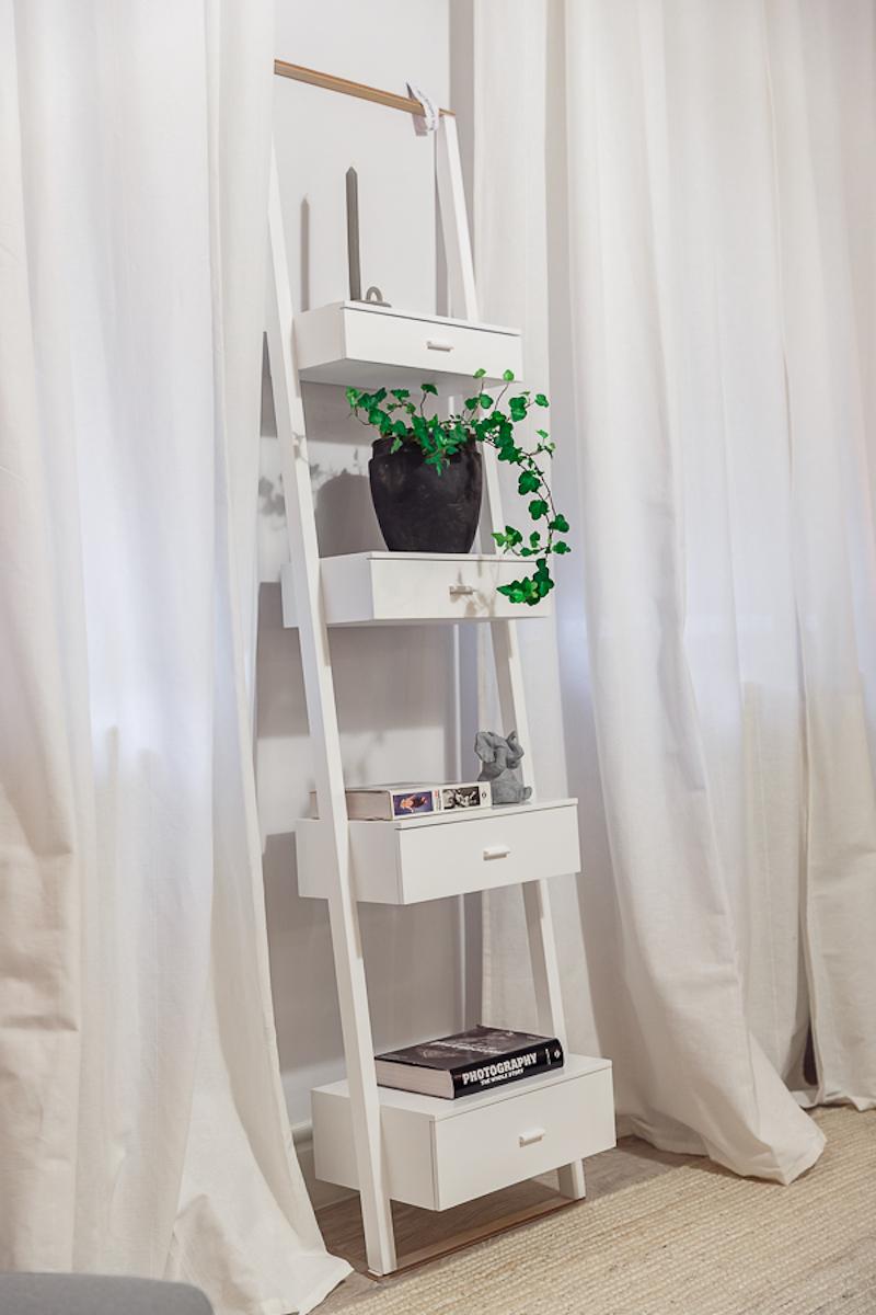 Poem Boem apartment bathroom shelves