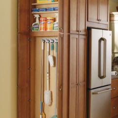 Kitchen Cabinet Storage Organizers Hotels With Kitchens In San Diego Cabinets That Keep The Room Clean And Tidy A Cleaning Station