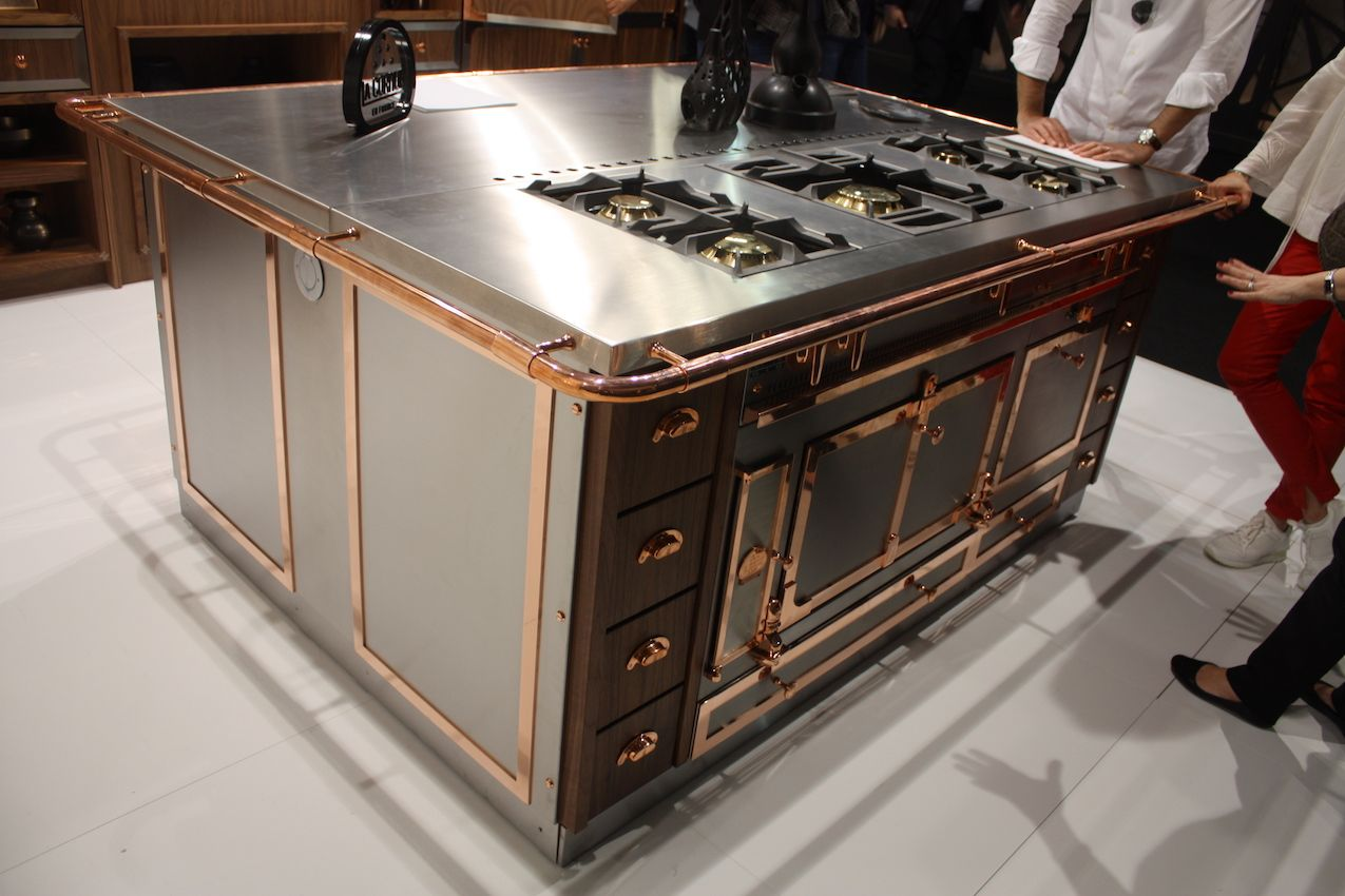 Beautiful Brushed Stainless Steel Countertop &SS37