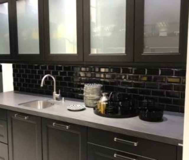 It Suits All Styles And All Kitchen Types Some Better Than Others Simple Transparent Glass For Kitchen Cabinet Doors Is The Classic