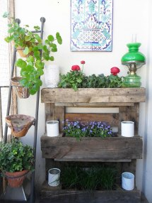 Simple Ways Build Pallet Planter