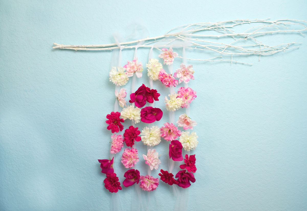 floral wall hanging diy