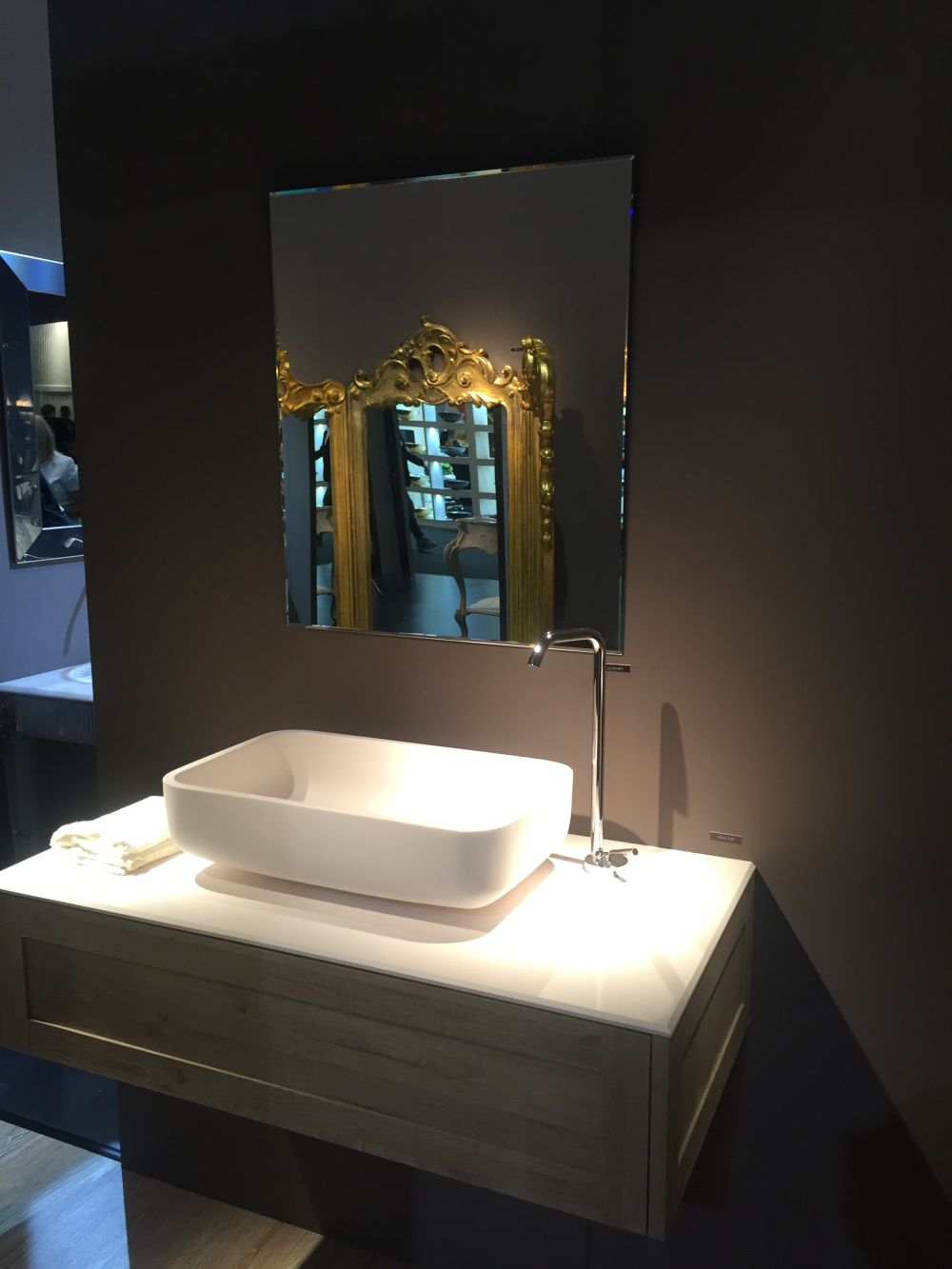 Vessel Sinks  The Trend That Never Went Away