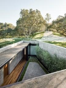 Modern Semi-underground Homes With Land
