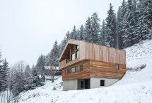 Alpine Mountain Home Shaped History And Nature