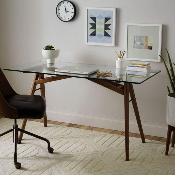 Glass-top Desks Bring Style Workspace
