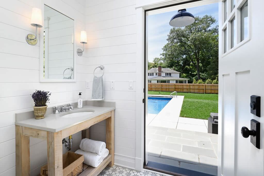 5 Reasons To Put Shiplap Walls In Every Room