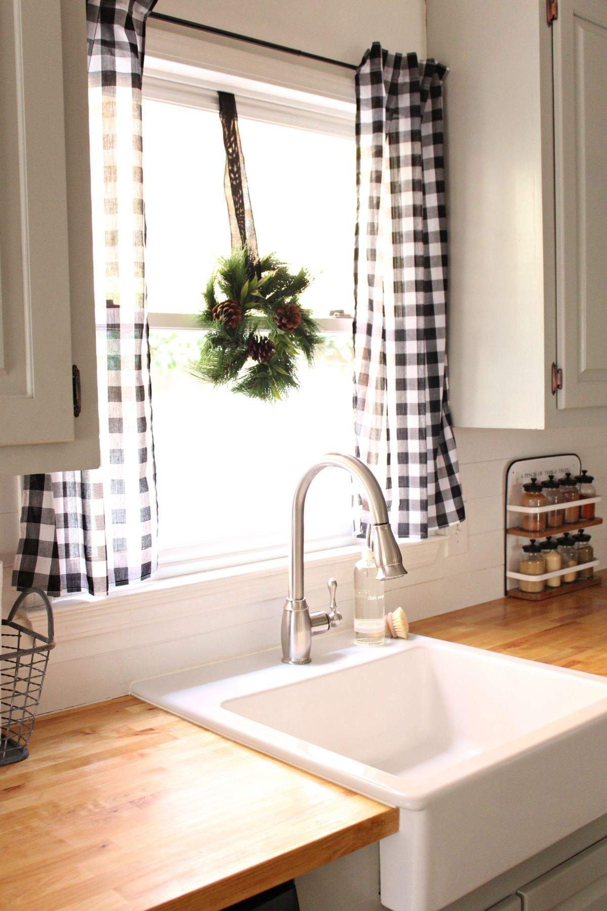 kitchen curtain glass tables round 10 best patterns for curtains view in gallery