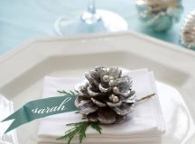 15 Christmas Table Settings to Win You Best Host images 8